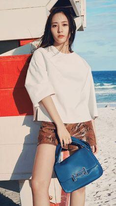 f(x) Krystal Harper's Bazaar 2017 Krystal Fx, Jessica & Krystal, Fashion Brand, Girl Fashion, Womens Fashion, Krystal Jung Fashion, Uzzlang Girl, Sweet Girls, Korean Beauty