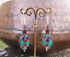 Pendientes tibetanos. Pendientes étnicos. Joyería étnica. Joyería tibetana. Tibetan earrings.