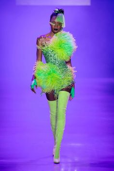 7e1872d136 31 Spring 2019 Fashion Trends - Top Spring Runway Trends for Women