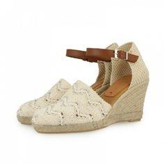 Sandalias esparteras Gioseppo con pespustes palteados