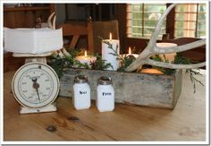 http://fishtailcottage.blogspot.com/2013/12/update-on-centerpiece.html