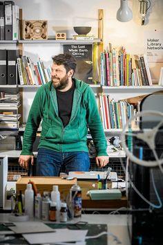 Artysta Daniel Charny: wspólna praca w warsztacie może dawać radość życia