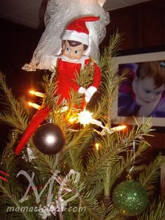 Looking for new ideas for your elf on the shelf? Check out the best list of easy Elf on the Shelf ideas. There are hundreds of ideas with pictures! Christmas Toys, All Things Christmas, Christmas Decorations, Holiday Decor, Elf Ideas Easy, Holiday Ideas, Christmas Ideas, The Elf, Elf On The Shelf
