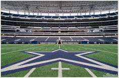 Respect That 50 Yard Line. High Resolution Backgrounds, 50 Yards, Dallas Cowboys, Baseball Field, Respect, Photography, Photograph, Dallas Cowboys Football, Fotografie