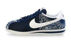 Custom Vans Shoes, Custom Converse, Custom Sneakers, Sneakers Nike, Design Nike Shoes, Nike Cortez Shoes, Nike Classic Cortez Leather, Shoes Online, Bandana