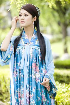 Tang suit costume hanfu female costume tang dynasty dress guzheng high waist skirt   Ancient Chinese costumes and fashion inspiration