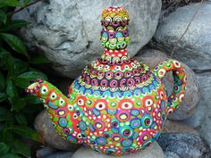 Another amazing teapot #colorful and #repurposed. Love it!