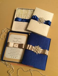✨Luxury Boxed Wedding Invitations✨ which one would you chose for your upcoming…