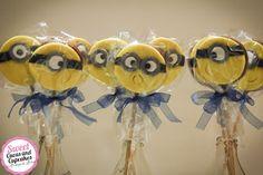 Sweet Cucas and Cupcakes by Rosângela Rolim: Alfajor Decorado - Tema Minions