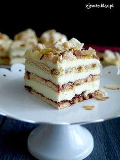 Pani Walewska without baking Polish Desserts, Polish Recipes, No Bake Desserts, Delicious Desserts, Dessert Recipes, Cake Boss Recipes, Poland Food, Specialty Cakes, Sweet Cakes