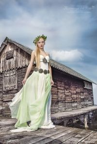 I made the dress and the headdress for a beautifull magical fairy queen of the lake. Photo by Judith Haraszti The Shanty, Fairy Queen, Headdress, Victorian, Fantasy, Costumes, Dresses, Design, Fashion