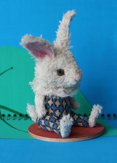 bunny /羊毛倉庫の日々