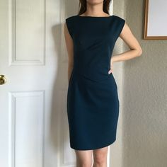 Rebecca Taylor Dress Rebecca Taylor dress is fitted and in perfect condition. Love this fit and style of this dress. Easy to wear  Rebecca Taylor Dresses Midi