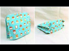 ペタンコポーチ簡単作り方 折マチ付き3ポケットポーチ How to make a pouch with three pockets - YouTube Boss Me, Couture, Purses And Bags, Sunglasses Case, Third, Pouch, Sewing, Projects, Pockets