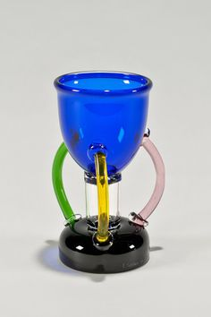 the modern archive - Deneb Glass Vase by Ettore Sottsass for Memphis