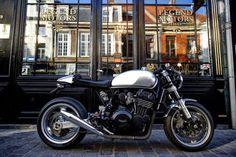 TRIUMPH TRIDENT ULTIMATE | Legend Motors Lille (via RocketGarage)
