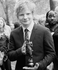 Don't care what anybody thinks, Ed is the most beautiful human being alive. Therefore he belongs in this category.