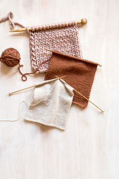 Knitting Projects for Winter That You Can Start Now : Get all of your knitting supplies ready! Try out these projects with different colors of yarn and make the perfect gifts for your family and friends well ahead of schedule. Knitting Supplies, Knitting Kits, Knitting Stitches, Knitting Needles, Knitting Projects, Hand Knitting, Knitting Patterns, Summer Knitting, Knitting Wool