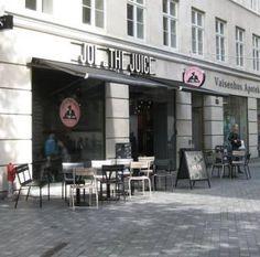 Joe & the juice, read about the popular juice bar in Copenhagen. Read more on the blog Top Copenhagen Tourist Attractions. Instagram: @zoe_escher.