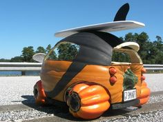 Halloween Cars, or Scary People with Too Much Spare Time Smart Auto, Halloween Paper Crafts, Diy Halloween, Happy Halloween, Smart Car Body Kits, Scary People, Flotsam And Jetsam, Smart Fortwo, Car Mods
