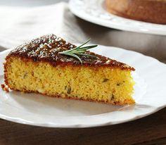 Torta di farina di mais,  sciroppo d'arancia e rosmarino  Www.ilpomodorinoconfit.com