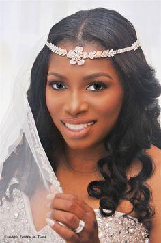 The #bride #portrait ; #bridalveil   www.Images-fit.com