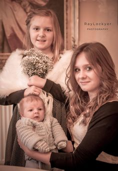 Ray Lockyer Yeovil Wedding Photographer - Guest take a chance to grab a family photo at Woodlands Castle, Taunton