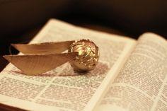 Golden Snitch Ornament DIY – Harry Potter craft