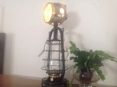 lampe industrielle histoire