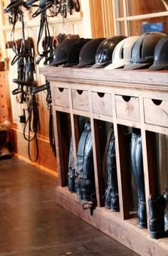 I like this storage set up, cubby for boots, shelf for helmets, drawers for gloves, hairnets etc it is really cute for a barn tack room Dream Stables, Dream Barn, Horse Stables, Horse Barns, Boot Storage, Storage Sets, Storage Drawers, Tack Room Organization, Horse Tack Rooms