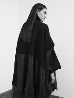 Vibe Johansson AW15 - Fashion Fantasy - Darkness
