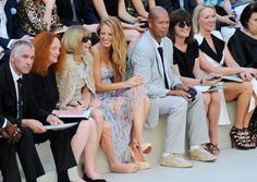 Ana Wintour and Blake Lively sitting next to each other! Gosh they are my idols