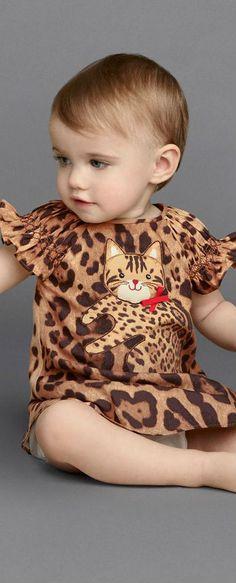 Cute! DOLCE & GABBANA Baby Girls Mini Me Leopard Print Zambia Dress. #dolcegabbana #baby #girl #dress #minime #dgfamily #dgbaby