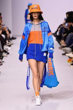 Seoul Fashion, Harajuku Fashion, Japan Fashion, Fashion Week, Look Fashion, Unique Fashion, Runway Fashion, India Fashion, Edgy Outfits
