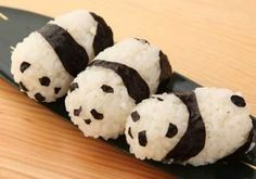 Panda onigiri - great way to get kiddos to try healthy Japanese food!