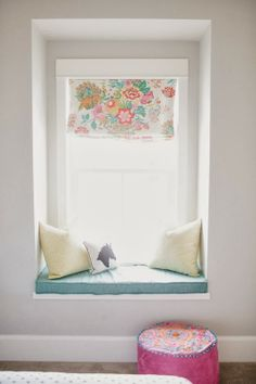 sweet pops of color ..6th Street Design School | Kirsten Krason Interiors : A Girl's Dream Room Reveal
