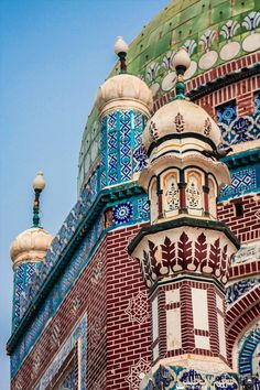 Colors, by Najmul Hassan. Shrine of Shams-ud-Din Sabzwari (Shams Tabrez) in Multan, Pakistan.