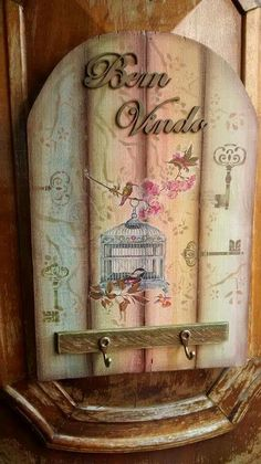 By canal Tania Islas Painting Words, Fabric Painting, Painting On Wood, Decoupage Art, Decoupage Vintage, Craft Font, Wood Crafts, Diy And Crafts, Interior Design Pictures