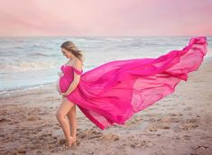 Long, flowing, silk chiffon maternity gown for a beach photography session. Long, flowing, silk chiffon maternity gown for a beach photography session. Maternity Photography Poses, Maternity Poses, Beach Photography, Maternity Dresses, Photography Tips, Beach Maternity Pictures, Maternity Photo Outfits, Maternity Fashion, Foto Pose