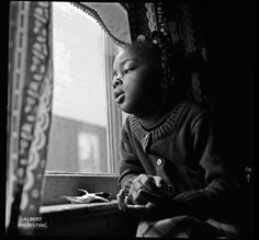 Many people from the rural areas in the South of the USA moved to New York. Tyne at her house in Queens.  - Photo-essay made in South-Carolina USA in 1981 around Hartsville and Bishopville, about the mainly black residents of these rural areas.
