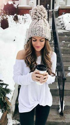 Огромный выбор тёплой одежды и аксессуаров для зимы вы можете найти на сайте Совместных покупок 63pokupki , в том числе шапки, снуды, шарфы, перчатки и другое | Зимняя мода и стиль, луки | Winter fashion 2018, style,  look, outfit, woman, girl, shopping