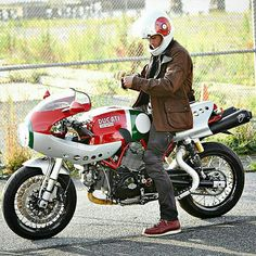 Jane Ducati Sport Classic 1000 desmo Mike Hailwood