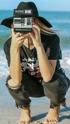 Girls With Cameras, Used Cameras, Elliott Erwitt, Female Photographers, Polaroid, Lens, Photoshoot, Smile, Poses