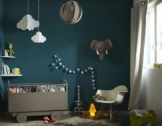 Chambre bebe avec mur bleu canard | chambre enfant | Pinterest ...