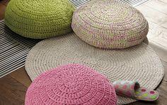 Throw Pillows, Rugs, Knitting, Crochet, Diy, Home Decor, Farmhouse Rugs, Toss Pillows, Decoration Home