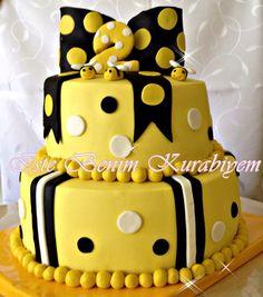 Bumblebeecake beecake birthdaycake