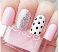 Manicure pink & polka dot pois