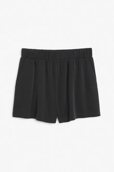 Monki Image 1 of Soft jersey shorts in Black
