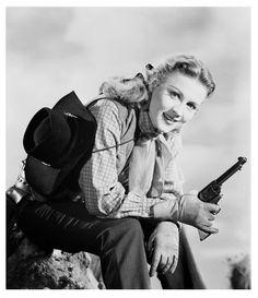 Anne Jeffreys - Return of the Bad Men (1948)