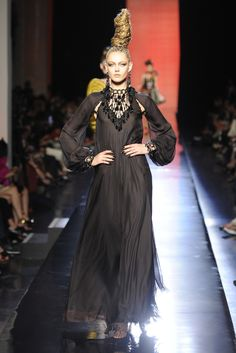 Jean Paul Gaultier Fall Couture 2013 - Slideshow